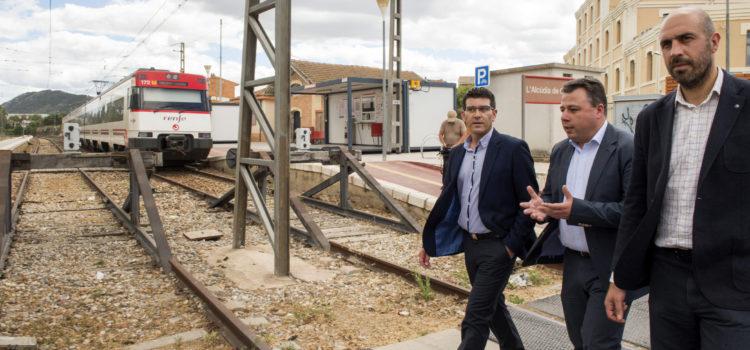 Compromís denuncia el abandono de las cercanías en la Costera