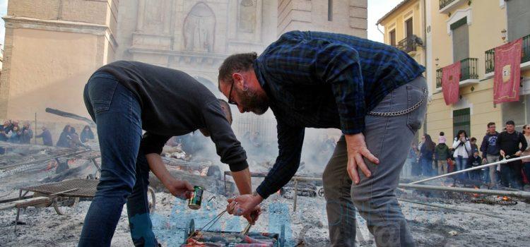 Sant Antoni 2020: Esmorzar en la foguera